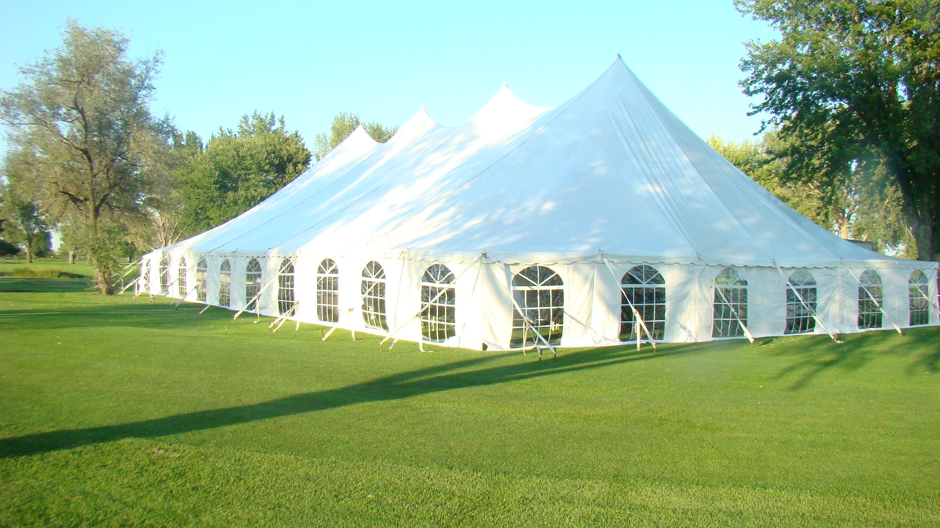 Abc Rentals Midwest Gt Our Products Gt Tents Gt Large Pole Tents